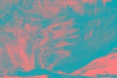Rosa y textura pintada a mano azul del fondo con los movimientos del cepillo fotografía de archivo libre de regalías