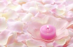Rosafarbene Kerze lizenzfreies stockfoto