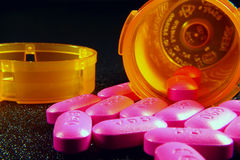 Rosafarbene Pillen Stockfotos