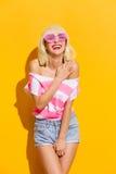 Rosafarbene Sonnenbrillen Stockbild