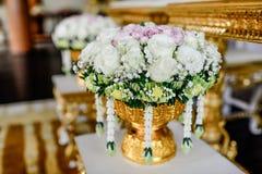 Rosafarbener Blumenstrauß der romantischen Weinlese Lizenzfreies Stockfoto
