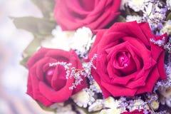 Rosafarbener Blumenstrauß der Weinlese mit in der Hochzeit oder in irgendeiner Grußzeremonie Stockbild