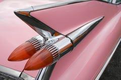 Rosafarbener Cadillac Stockbild