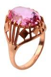 Rosafarbener Diamantring Stockbild