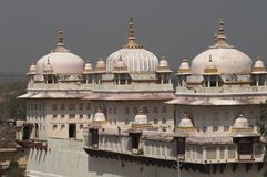 Rosafarbener hinduistischer Tempel Stockbilder