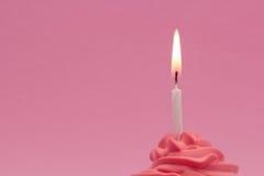 Rosafarbener kleiner Kuchen Lizenzfreie Stockfotos