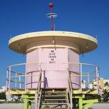Rosafarbener Leibwächterkontrollturm Stockbilder