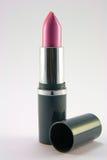 Rosafarbener Lippenstift mit Kappe Lizenzfreies Stockbild