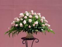 Rosafarbener Rosen-Blumenstrauß Stockfotografie