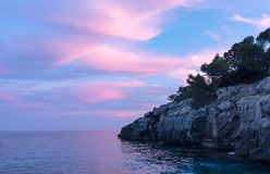 Rosafarbener Sonnenuntergang lizenzfreie stockfotos