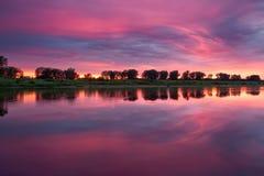 Rosafarbener Sonnenuntergang Lizenzfreies Stockbild