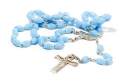 Rosaire catholique sur le blanc Photos stock