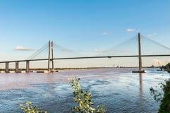 Rosario-Victoria Bridge através do Parana River, Argentina fotografia de stock