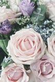 Rosarose in einem Blumenstrauß stockfotografie