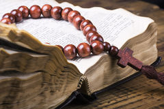 rosary and the Bible Royalty Free Stock Images