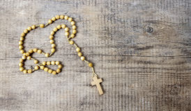 Free Rosary On Wooden Table Royalty Free Stock Image - 39239766