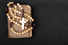 Rosary and prayer book Royalty Free Stock Images