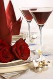 Rosas da tabela do casamento Imagens de Stock