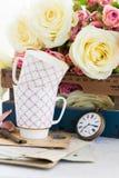 Rosas de florescência do rosa e do branco Imagem de Stock Royalty Free