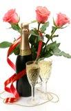 Rosas e champanhe finos Fotografia de Stock