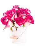 Rosas en el cubo imagen de archivo libre de regalías