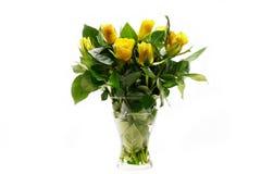 Rosas en el florero aislado Imagen de archivo libre de regalías