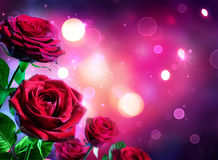 Rosas para el día de tarjetas del día de San Valentín - el brillar intensamente de la forma del corazón imagenes de archivo