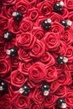 Rosas rojas artificiales Fotos de archivo libres de regalías