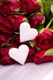 Rosas rojas para el día de madres Imagen de archivo libre de regalías