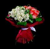 Rosas rojas y blancas del ramo Fotos de archivo