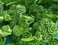 Rosas verdes feitas das folhas Imagens de Stock Royalty Free