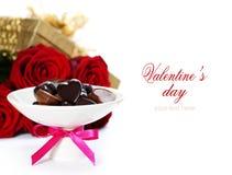 Rosas vermelhas e corações Fotografia de Stock Royalty Free