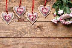Rosas y dimensiones de una variable del corazón Imagen de archivo