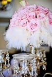 Rosas y plumas Fotografía de archivo
