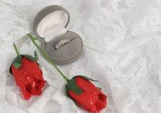 Rosas y romance horizontales Imagenes de archivo
