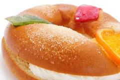 Roscon de Reyes, ισπανικό κέικ τριών βασιλιάδων Στοκ φωτογραφία με δικαίωμα ελεύθερης χρήσης