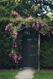 Rose Arch imagen de archivo libre de regalías