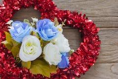 Rose avec le coeur de tresse Photos libres de droits