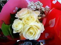 Rose bianche in un mazzo Fotografie Stock Libere da Diritti