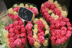 Rose bouquets at the market Royalty Free Stock Images