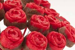 Rose Cake Pops op Rode Vaas Dichte omhooggaand Royalty-vrije Stock Foto's