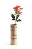 Rose dans la musique de feuille au-dessus du blanc Photo libre de droits