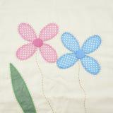 Rose de texture de textile et floral bleu de la taie d'oreiller Photo stock