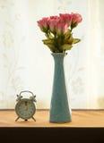 Rose en el tarro Imagenes de archivo