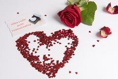 Rose et le coeur des coeurs comme amour signent - l'allemand Photos libres de droits