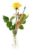 Rose et pinceaux Photographie stock libre de droits