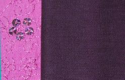Rose et tissu de Brown Image stock