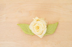 Rose a fait avec la racine japonaise de gingembre de sushi Photographie stock