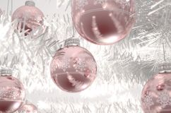 Rose Gold Christmas Baubels Arkivfoton