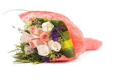 Rose isolate sui precedenti bianchi Fotografia Stock Libera da Diritti